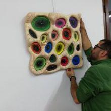 """Óliver Sánchez muestra cinco años de trabajo artístico en Firgas con la Exposición """"Sombras a Color 2015-2019"""""""